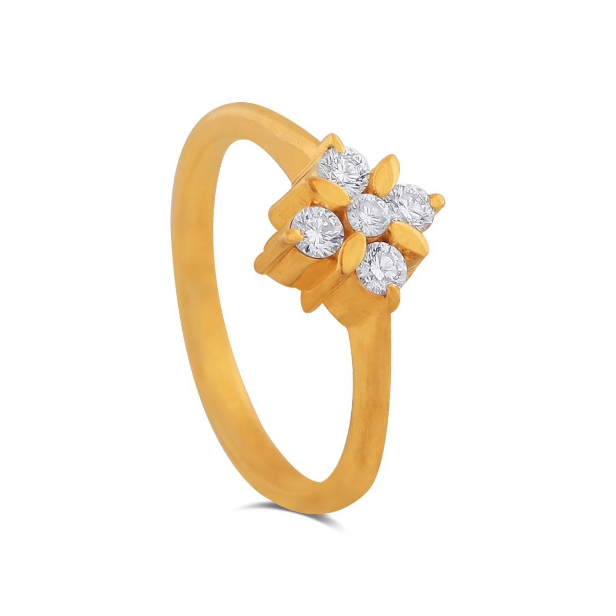 Deja Yellow Gold Diamond Ring
