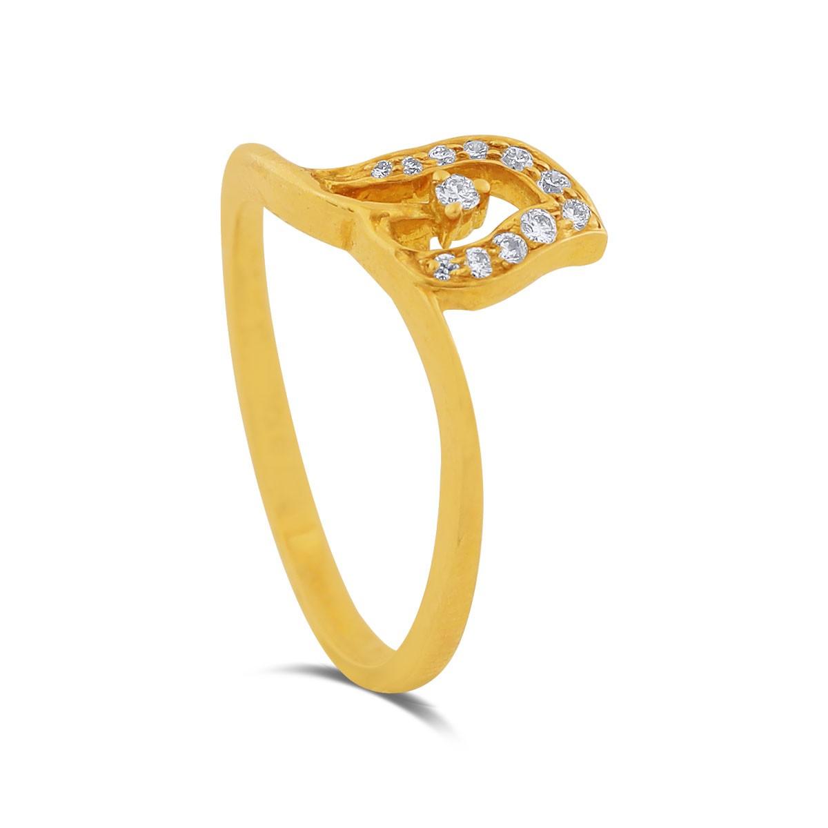 Tyra Yellow Gold Diamond Ring