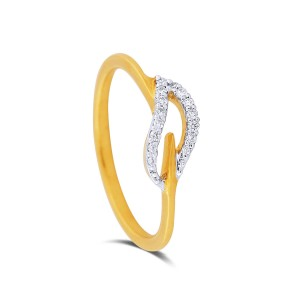 Roxana Yellow Gold Diamond Ring