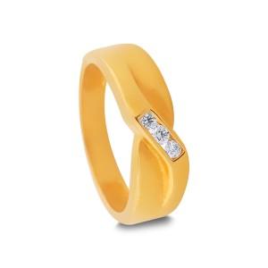 Orly Yellow Gold Diamond Ring