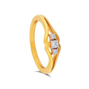 Olena Yellow Gold Diamond Ring