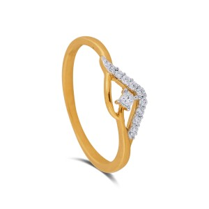 Ayna Diamond & Yellow Gold Ring