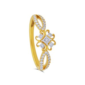 Mahaila Yellow Gold Diamond Ring