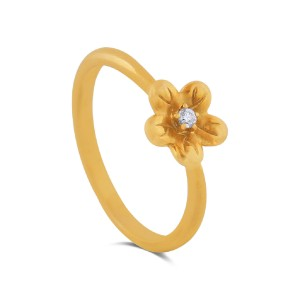 Tanvi Yellow Gold Diamond Ring
