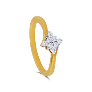 Agnetha Yellow Gold Diamond Ring