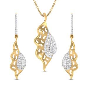 Hiya Paisley Diamond Pendant Set