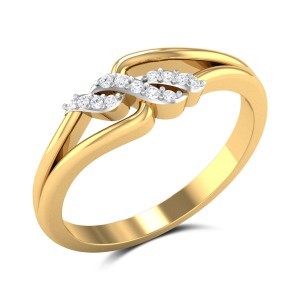 Glam Famme Diamond Ring