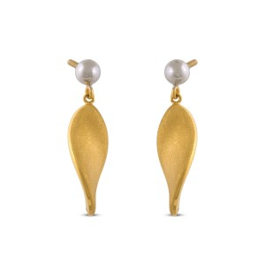 Labhaoise Gold Earrings