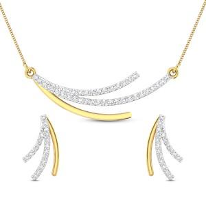 Tuhina Diamond Pendant Set